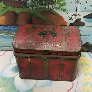 Vintage collectible swee-touch-hee Tin container